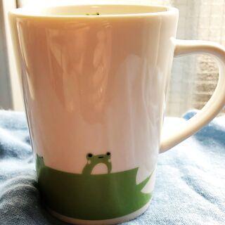 カエルと羊のマグカップ