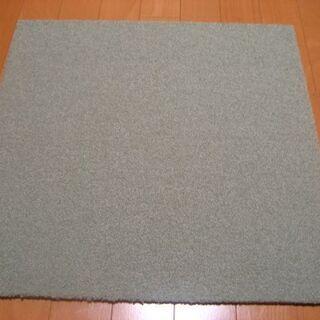 日本製タイルカーペット厚み9mm・1枚190円・在庫384枚(4...