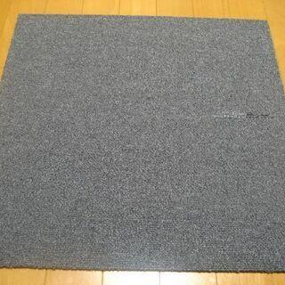 日本製タイルカーペット厚み6.5mm・1枚130円・在庫19枚(...