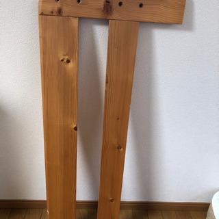木製のベッド1