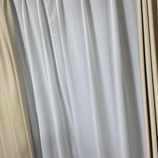 【ネット決済】カーテン美品