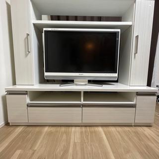 どんな部屋にも似合う収納付きテレビ台