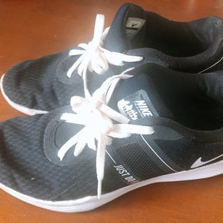Nike シューズ 23.5 cm