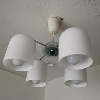 【ネット決済】吊り下げ照明 電球付き(4灯)