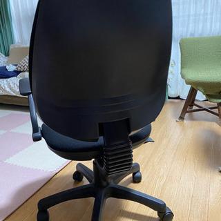 無料 デスクワーク用の椅子譲ります