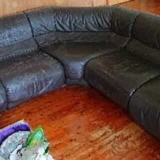大型ソファー差し上げます