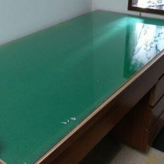 学習机にもなる引き出し付の机 差し上げます