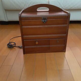 卓上型化粧ボックス