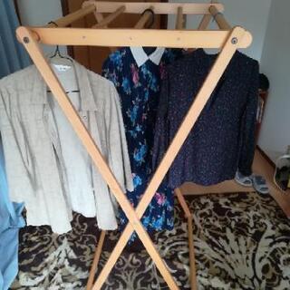 【ネット決済】折りたたみ式木製ハンガーラック