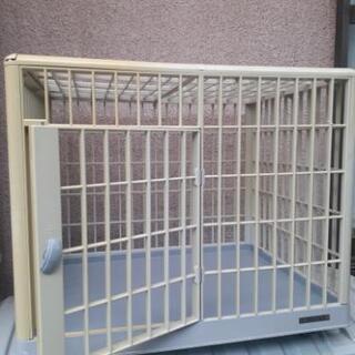 ドア付きペットゲージ 小型犬サークル