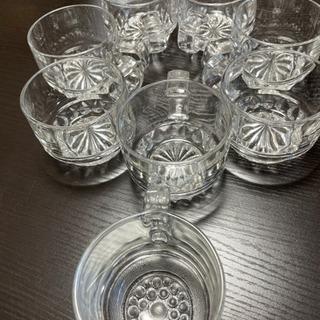 ガラス製カップ