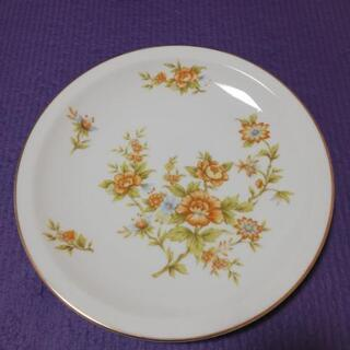 花柄のお皿