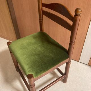 レトロ可愛い椅子