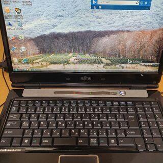 FUJITSU ノートパソコン