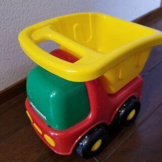 ミキハウスのトラックおもちゃ 無料で差し上げます。取りに来…