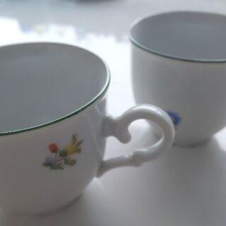 チェコ製デミタスカップ(ソーサーなし) 2点 200円