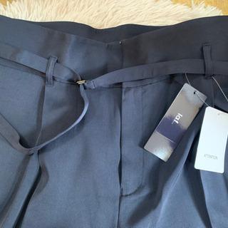 新品!la.f…紺薄手ワイドパンツ46大きいサイズ