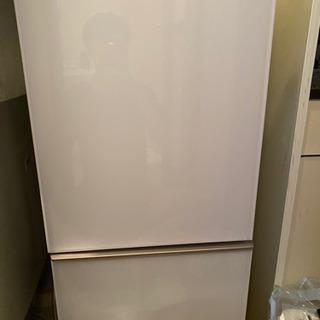 シャープ 白い冷蔵庫