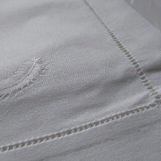 未使用 ベトナム製 手刺繍テーブルマット&ナフキン 2セット 500円