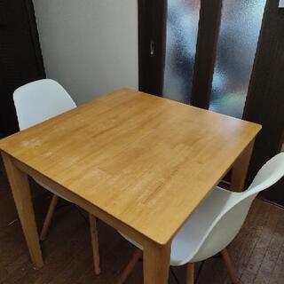 テーブルセット デザイナーチェア付