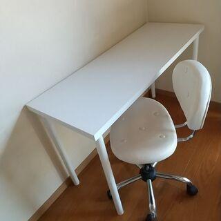 テーブル + レトロ椅子 セットで¥1200 Table & c...