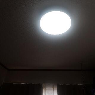 LED ライトです。リモコン付き