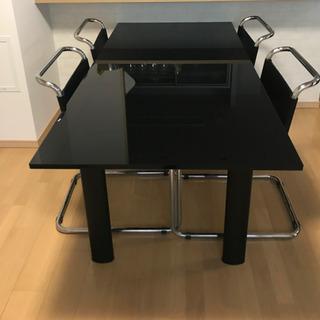 【ネット決済】ダイニングテーブル 4脚椅子付き