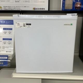 安心の6ヵ月保証付き!!2017年製YAMADA(ヤマダ)の冷蔵...