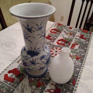 花瓶 2つ