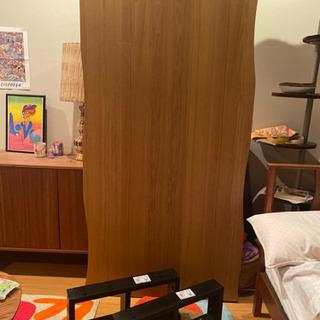 【定価5万円程度】テーブル