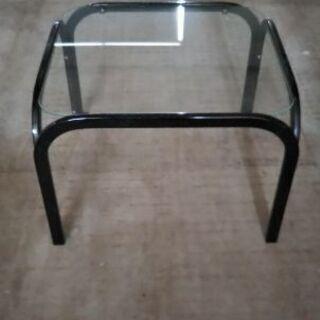 ガラステーブル(明日まで!お早めに!)