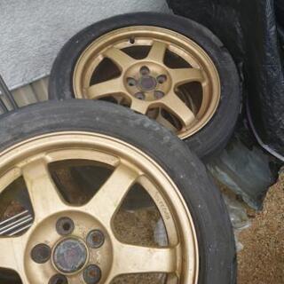 タイヤ·ホイール