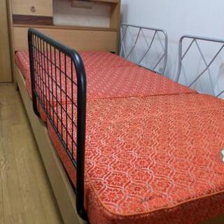 宮付シングルベッド(マットレス、ガード付)