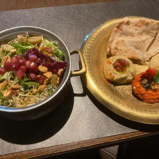 15日17時〜新橋タイ料理バルに行きませんか?