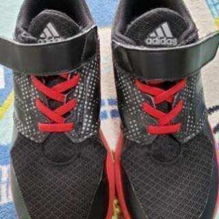 【ネット決済】子供靴 adidasスニーカー