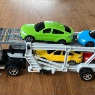 キャリアカー おもちゃの車
