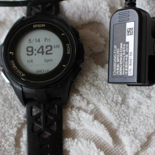 EPSON  J-300  Wristable GPS  ランニ...