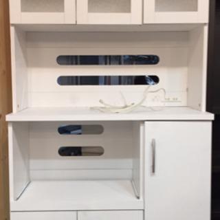 ◆傷み有り特価!◆キッチンボード 白 ガラス扉 コンセント付!食器棚