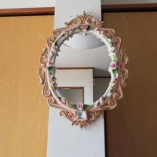 イタリー製のアンティーク掛け鏡