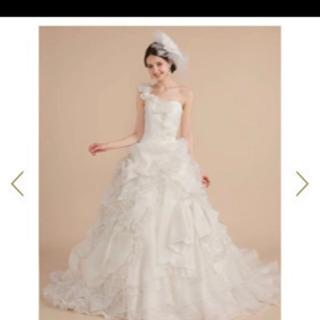 ウエディングドレス プリンセス リボン ふわふわ