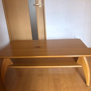 【ネット決済】【お取引中】ローテーブル 木目調 棚板付