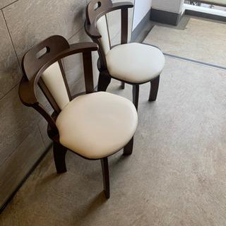 椅子2脚セット差し上げます!