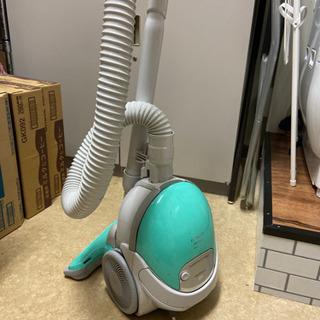 【引き取り手決まりました】HITACHI 掃除機 掃除パック付き