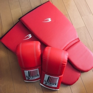 ボクシンググローブ&レガースセット