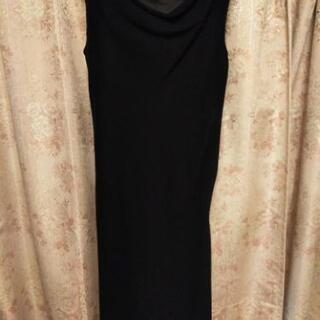 【ネット決済】INED 黒ドレス 11号 300円