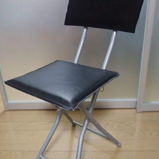 折り畳み椅子 《黒》