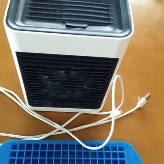 商品名:冷風扇(2か月のみ使用のポータブル扇風機)USBケーブル...