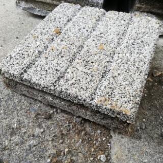 コンクリートタイル(ブロック)