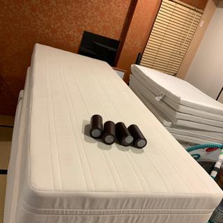 あげます!シングル脚付きマットレスベッド!
