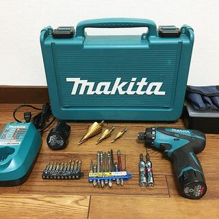 マキタ 電動ドライバドリル 10.8V 1.3Ah バッテリー2...